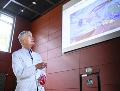 """Gesundheitsakademie UKE - Veranstaltung zum Thema """"Für ein schlagkräftiges Herz"""", Portraitbild von Herrn Prof. Dr. Hermann Reichenspurner"""